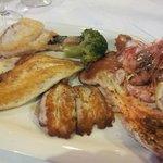 Parillada de pescado (grillade mixte de poissons)