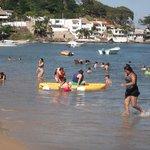 la playa muy limpia y buenas areas recreativas