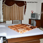 DOUBLE BED SUPER DELUXE