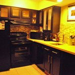 Big kitchen. Good for family and long stay.