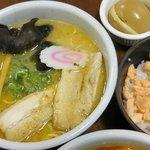 1.2.2014 Miso Ramen+Salmon+rice
