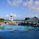 Main pool and swim-up bar
