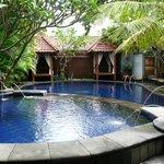 een fijn en schoon zwembad