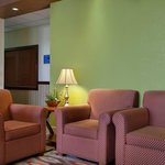 Foto di Days Inn & Suites Benton Harbor MI