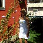 Eu no jardim do Hotel