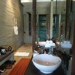Begehbare Dusche / WC-Bereich (grün)