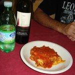 Lasagna and chianti