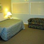 Upstairs Bedroom & Sleeper Sofa