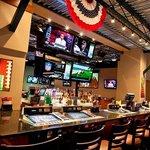 10 Sports Bar