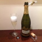 12月31日に部屋にスパークリングワインが届けられました