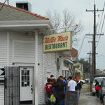 Willie Mae's outside the line forms
