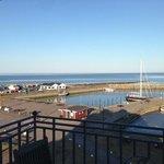 Härligt att vakna och titta ut över Mölle hamn.
