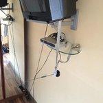 Fernseher und Decoder mit