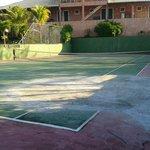 quadra de tenis da pousada
