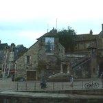 Honfleur harbour: Francia: una delle anitiche porte della città