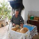 Paquito makes the bread.Yumm