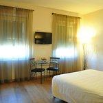 apt 505 main room