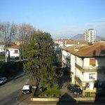 Vista del castello di Montecchio dalla nostra camera al quarto piano