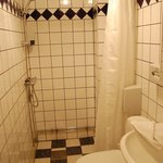 Room 105 shower room