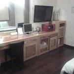 In the room: TV set, fridge, computer, wifi, mocrowave, teapot