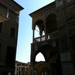 Centro Storico di Padova, Scorcio di Piazza delle Erbe