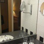 HI Kings Cross/Bloomsbury - Bathroom