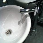 Il Piccolo Lavandino... Veramente difficile lavarsi le mani
