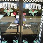 صورة فوتوغرافية لـ Betty's Parkway Restaurant