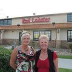 The ladies in front of The Red Lobster in Myrtle Beach