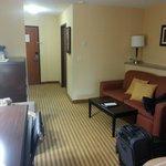 Entryway/sitting room