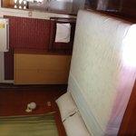 Chambre à l'étage à 700 baht.