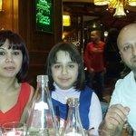 Aqui estamos en un retaurante taverna en fin de año con una familia magnífica de Vic Barcelona.