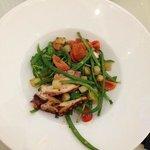салат с осьминога
