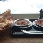ONSEN食堂のカレーとナン