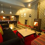 sports lounge - the best in manali