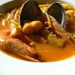 Fideos con pescado y marisco