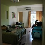 room 13 (triple room with baby cot)