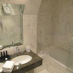 Salle de bains (Chambre au 4e étage)