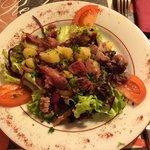 Entrée: salade de gésiers