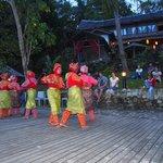 Danzas tradicionales en Fin de año