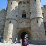 Palácio do Grão Mestre na cidade medieval em Rodes