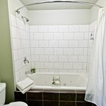 Mount Fernie Suite Jetted Tub