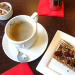 Americano coffee and crunchy topped flapjack slice