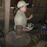 Explaining coffee bean roasting methods