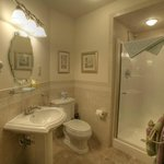 White Pine Bathroom