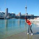 Puerto de Auckland (a unas 8 o 10 cuadras del hostel)