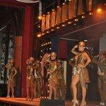 Riu Dancers