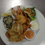 bay breeze bistro- seafood plate special