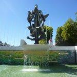 escultura y fuente