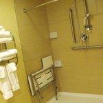 Room 140 - accessible bathroom